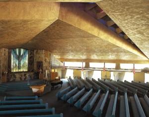 教会内部-
